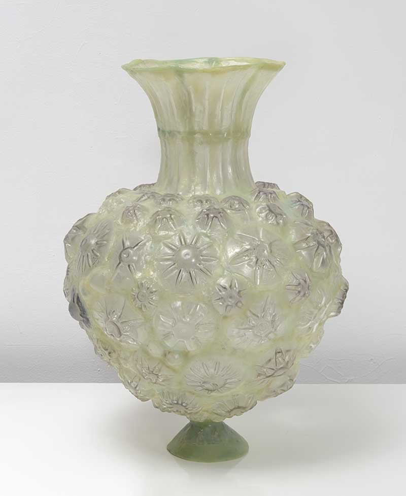 Yellow-Green Heart-Shaped Vessel